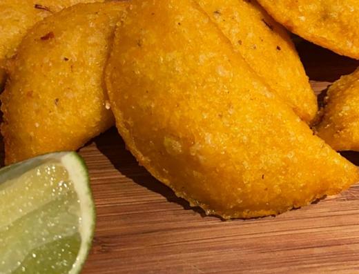 Empanadas de maíz fritas colombianas