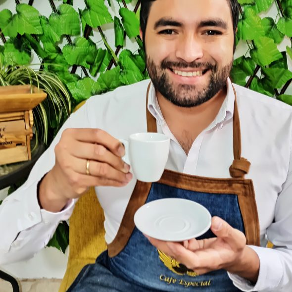 Leandro Galindo Giraldo